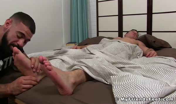 A hunk man wanted to make his dick bigger and massage it32