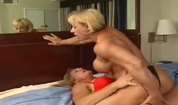 0160_Dirty Garden Girl - ass fisting and dildoing ~31