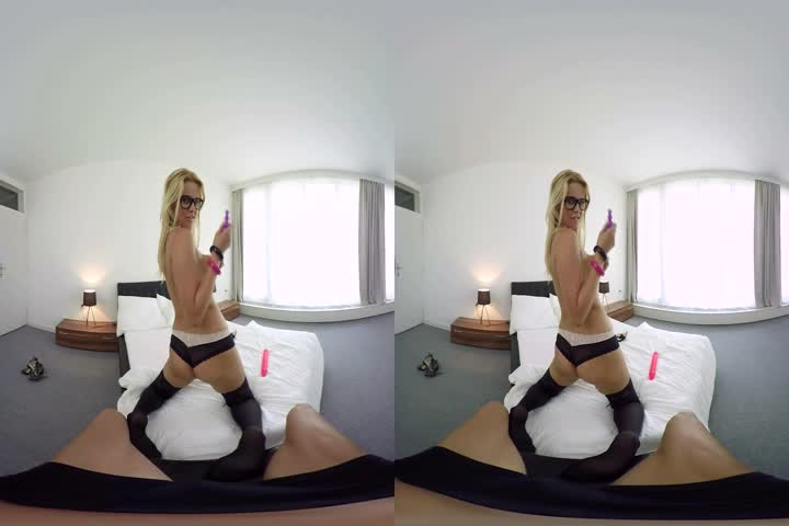 VR BANGERS- Marica Hase Room service suck and fuck