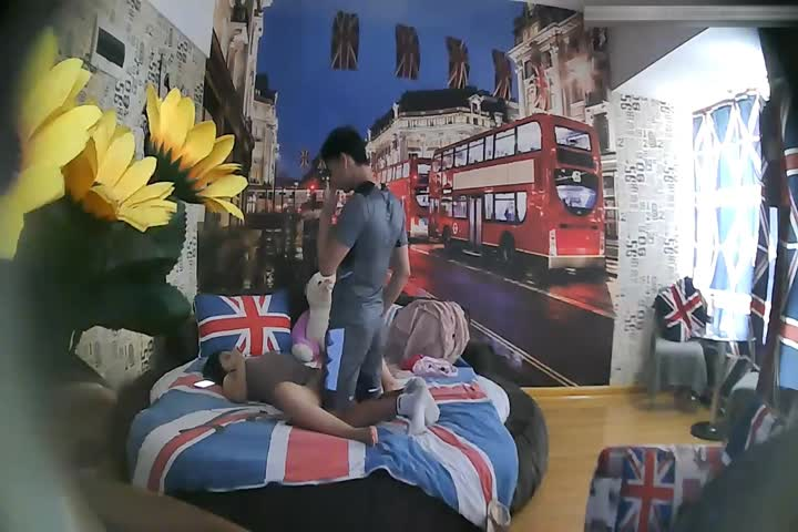 Featured Hotel London Themed Room TP Big Butt Busty Girlfriend Looks Very Hungry, Not Satisfied, Want to Touch