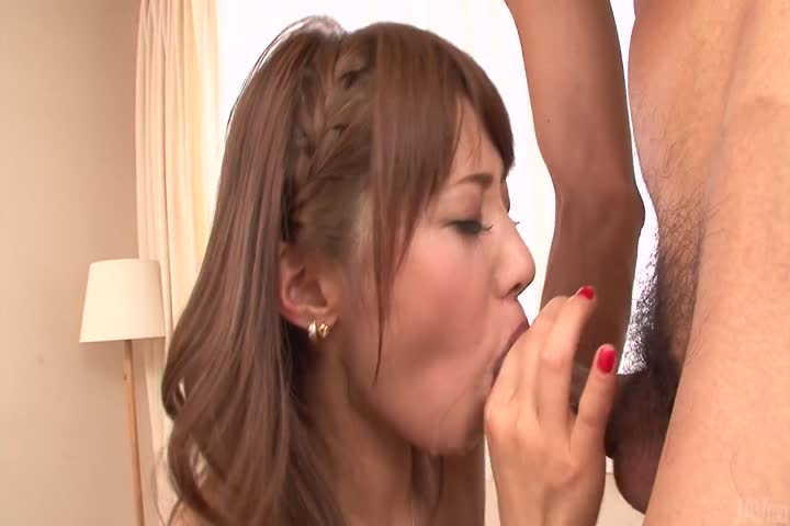 Cock sucking beauty amazes with her Japan blowjob