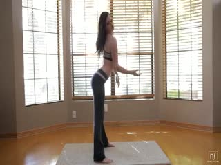 wonderful-solo-video-with-a-sportive-girl-with-perfect-body