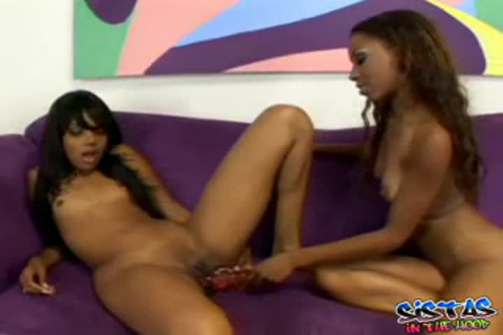 Abella Anderson sucking and licking rough pussy of Lena Anderson084