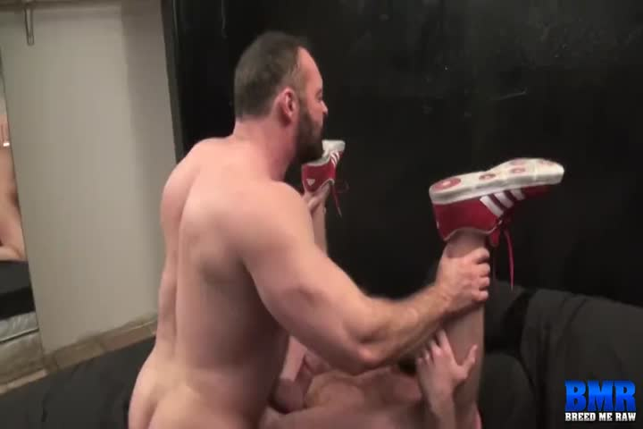 1 twink is fucked bareback by 9 older guys50
